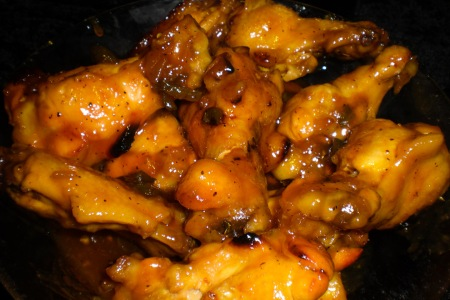 chicken-wings-served-2