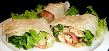 salad-wrap-served-2